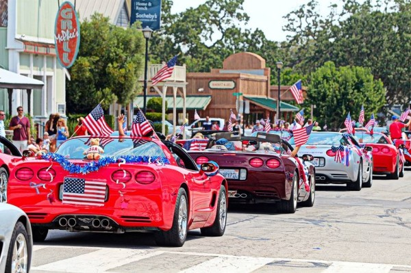 4th of july parade always should have some old convertibles too and