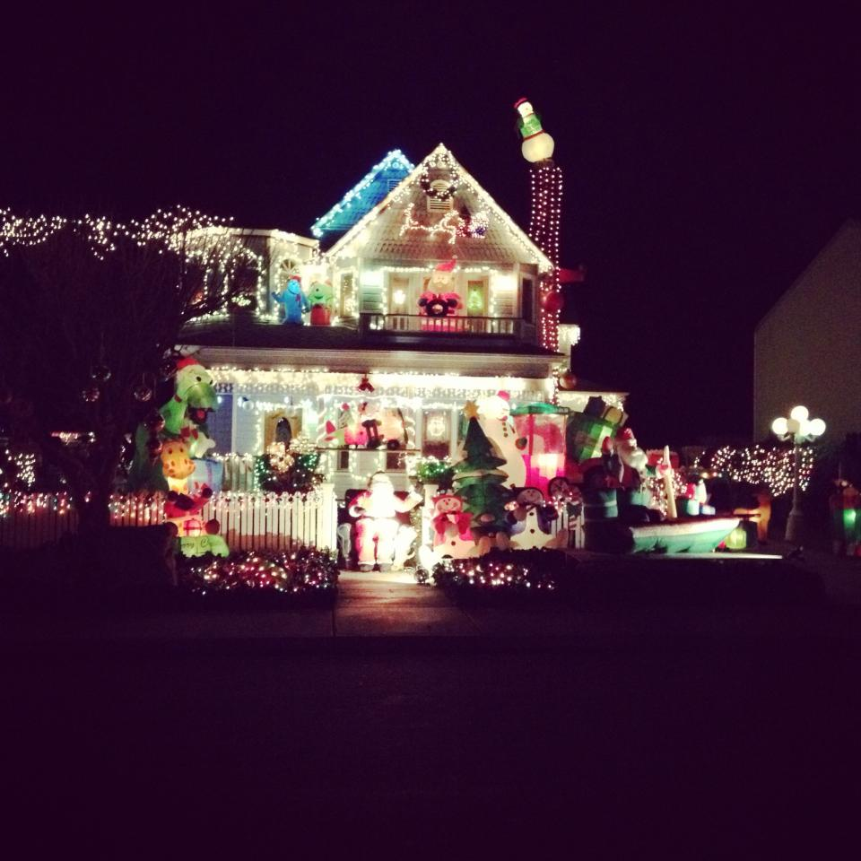 Best places to see christmas lights paso robles daily news for Best places to visit for christmas