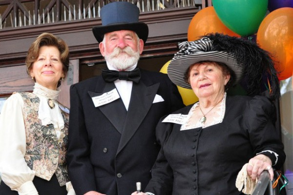 Dressed in attire of the era, locals play the part of Louisa James, Andrew Carnegie and Cecelia Blackburn.