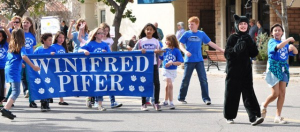 Winifred Pifer students have fun along the parade route.