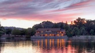 Pavillion-on-the-lake