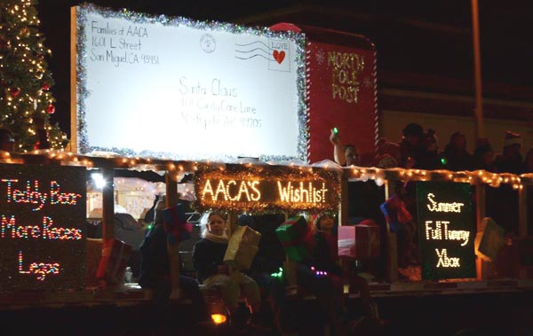 Holiday light parade delights all ages - Paso Robles Daily ... Almond Acres Charter