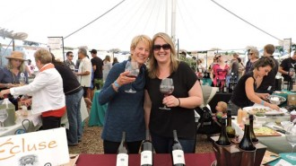 Mary Wootten and Kelly Breitmeyer of Ecluse Wines.