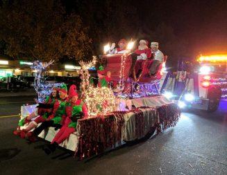 Light parade brings holiday cheer to Paso Robles