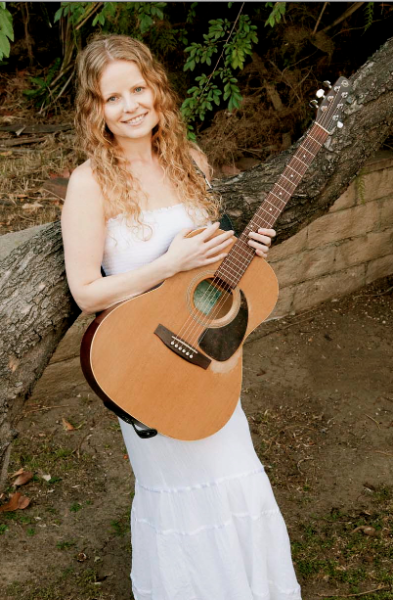 singer/songwriter Alice Wallace