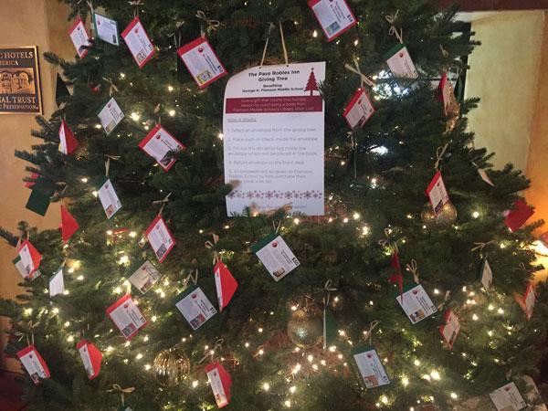 Paso Robles Inn giving tree