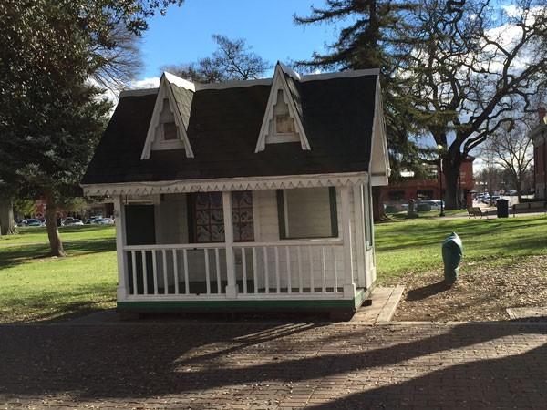 Santa House City Park