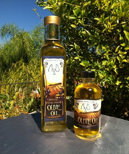 The extra virgin olive oil produced by the farm.
