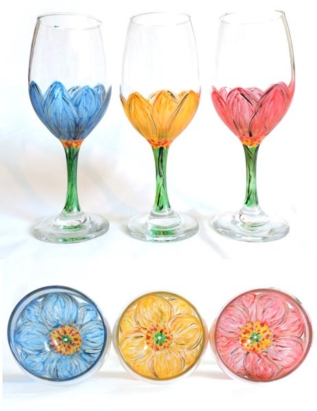 "A resident artist will be instructing students on how to use enamel glass paints to create ""look inside"" flowers on Saturday, June 13."