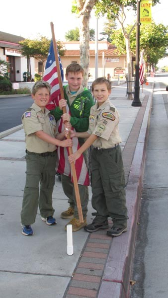 Boy scouts decotate