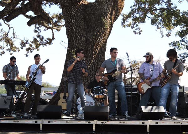 The Small Kicks performed at the 6th annual main event, held at Santa Margarita Ranch. Photo by Skye Ravy.