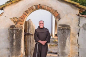 Father Larry Gosslin