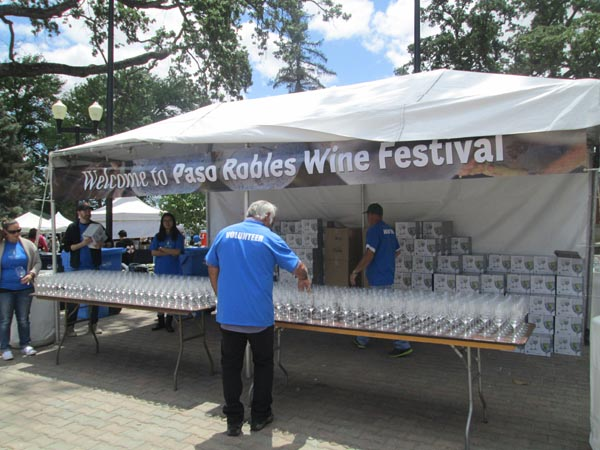 Wine festival volunteers needed