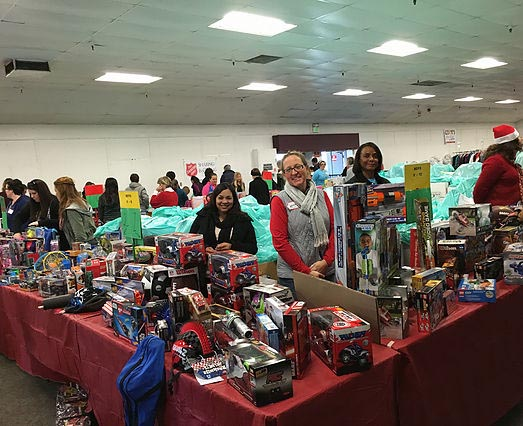 day-of-giving-paso-robles-toybank
