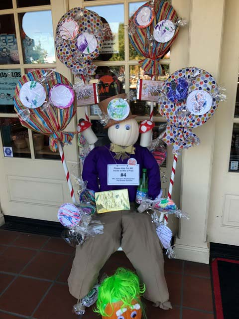 downtown paso robles, scarecrows