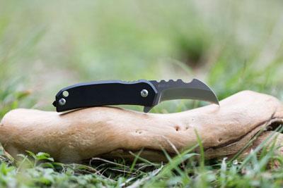Black Panther Titanium knife