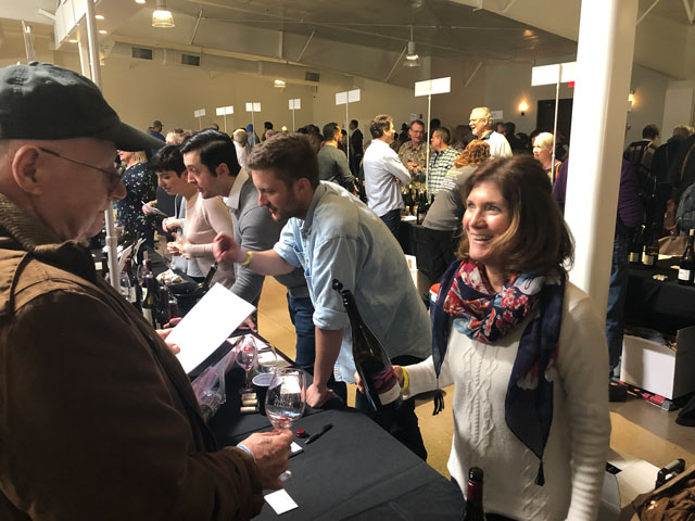 Hundreds gather for Rhone Rangers wine tasting