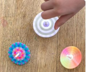 Kids 5-12 invited to make a spaceship spinner at the library