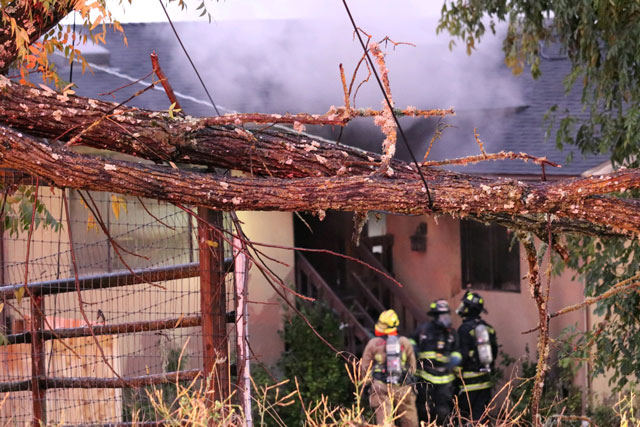 atascadero house fire from tree