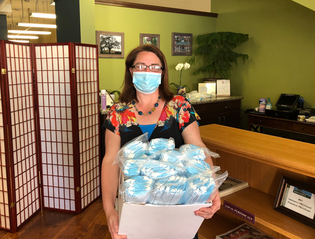 Paso-Robles-Chamber-of-Commerce-gets-donation-of-masks-for-local-businesses