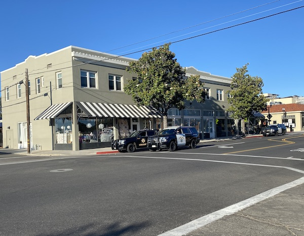 police barricades downtown paso robles