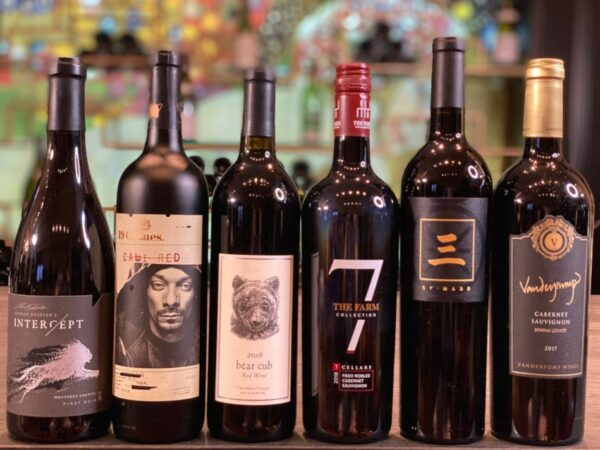 Celebrity-War-of-Red-Wines-PHOTO