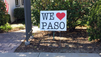 We love paso sign