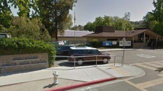 Police arrest man for brandishing BB gun rifle at children, near school